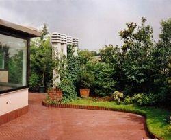 Un giardino sulla terrazza for Giardini in terrazza immagini