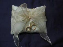 Cuscino Portafedi Bianco E Blu.Realizzare Un Cuscino Portafedi Giardino Felice It