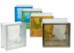 Il vetro mattone da utilizzare per costruire una parete divisoria giardino - Costruire una parete divisoria ...